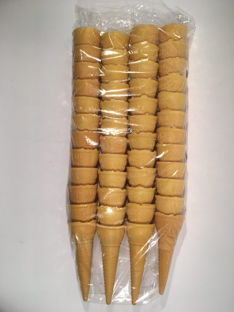 CASH n CARRY Economy bag of Party cones, packed x 48's